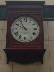 Clock at Barons Court.jpg