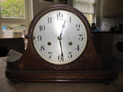 Dating a mantle clock